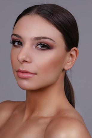Glam Makeup Jonas Beauty