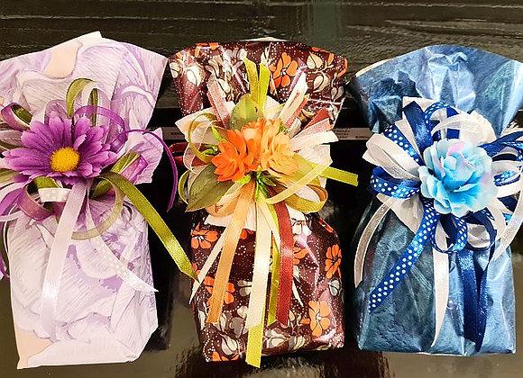 Garšvielas dekoratīvos papīra maisiņos ar pušķi (vidējais komplekts)