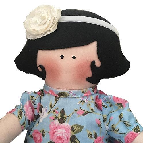 Luana - clássica boneca de pano Mimo