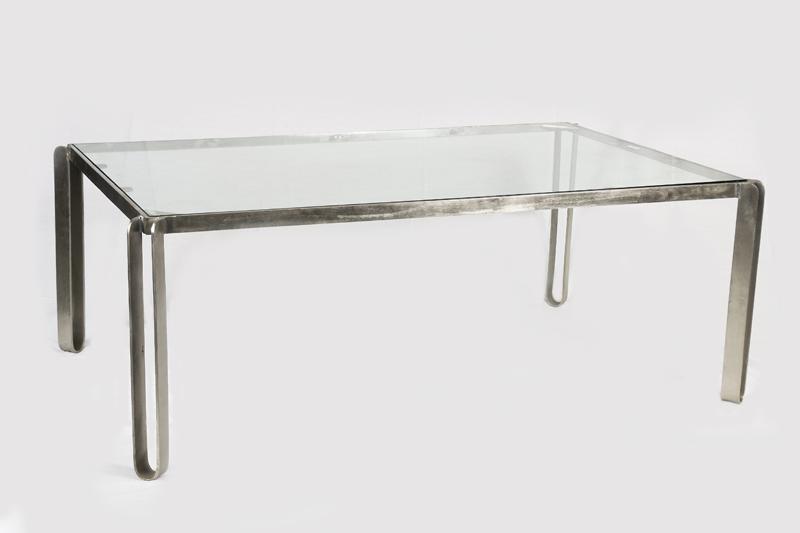 Mesa de centro hierro y cristal 125 x 80 x47.png