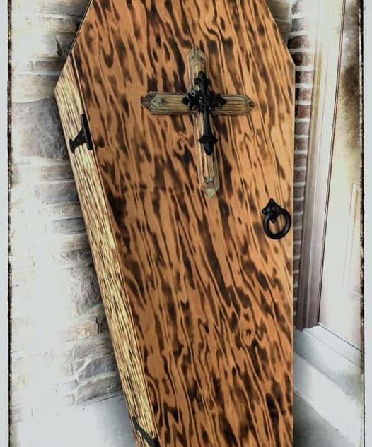 Coffin 6.jpg