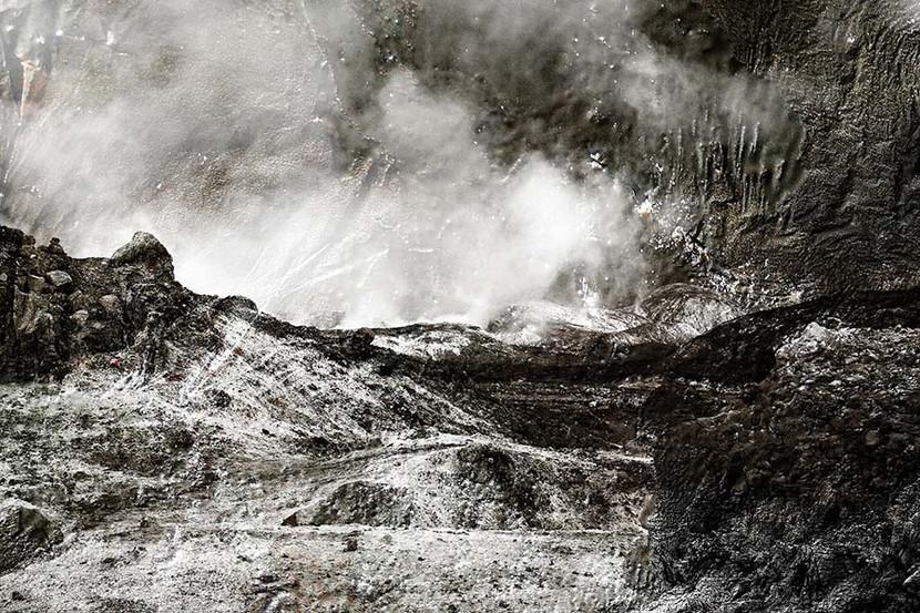 Landscapes Wisland1 / © 2021 100x120 / 70x100 1/3+1  White Island, New Zealand