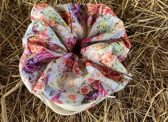 Gwen scrunchie (pink floral) (large)