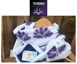 The business transformer scarf