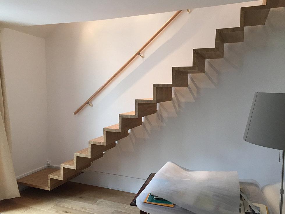 escaliers sur mesure paris. Black Bedroom Furniture Sets. Home Design Ideas