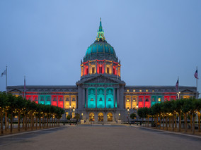 SF City Hall Lit Up to Honor the Fight Against Viral Hepatitis