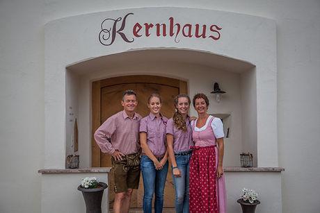family-lehrer.jpg