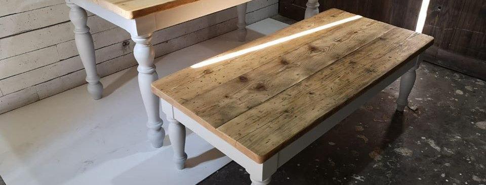 Turned Legs Dining Table Set - 101