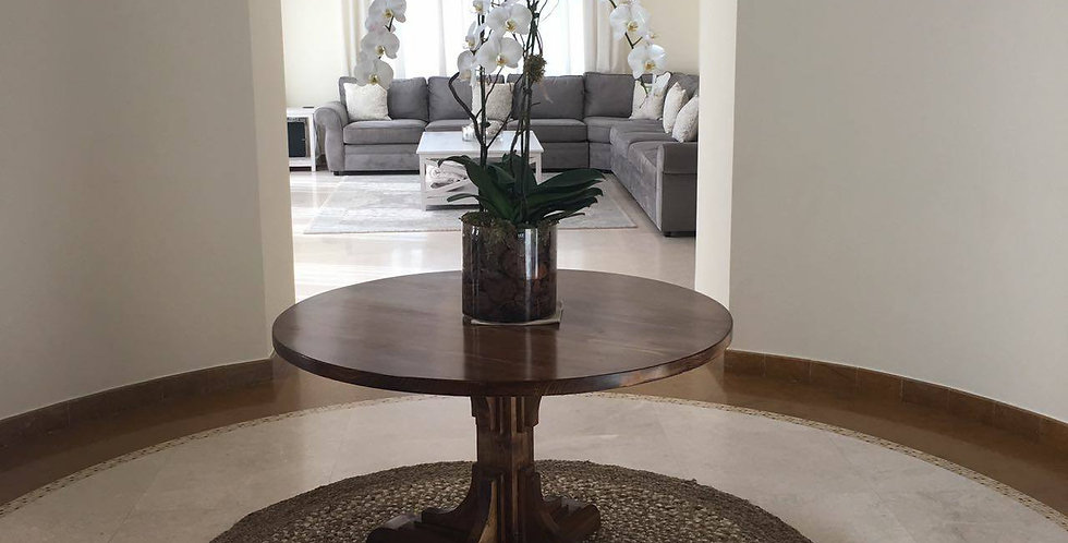 Hasting Round DIning Table