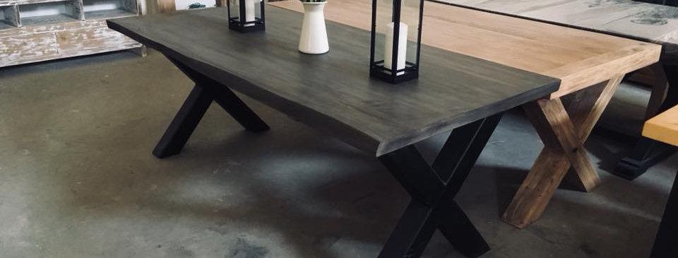 Chunky X-Legs Table - 101