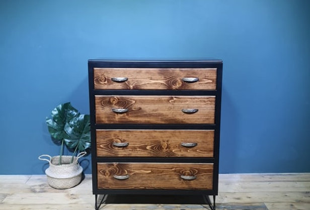 Black Painted Chest -101