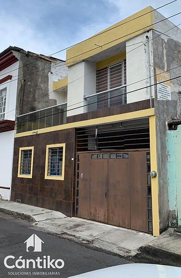 Gran casa en colonia centro en Colima, con excelente ubicación