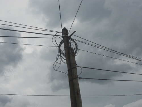 Un-poteau-electrique-au-Cameroun