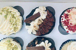 Cupcake%20gift%20boxes%20.%20Chocolate%2
