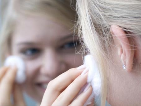 Limpieza facial profunda en casa para rostro normal a graso: proceso y productos