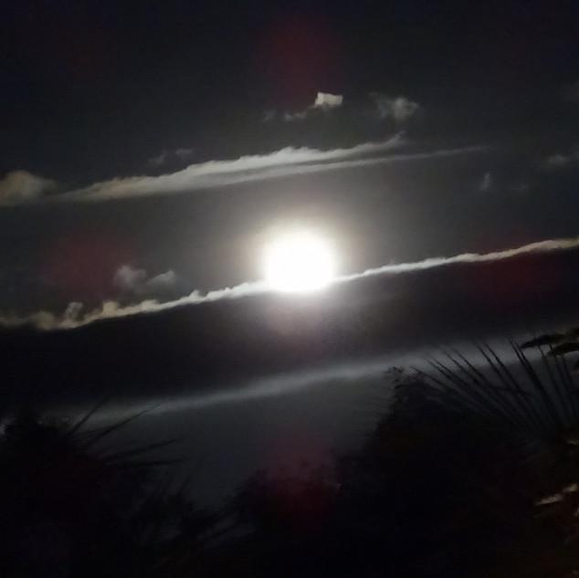 Lune_par_Chloé_1.JPG