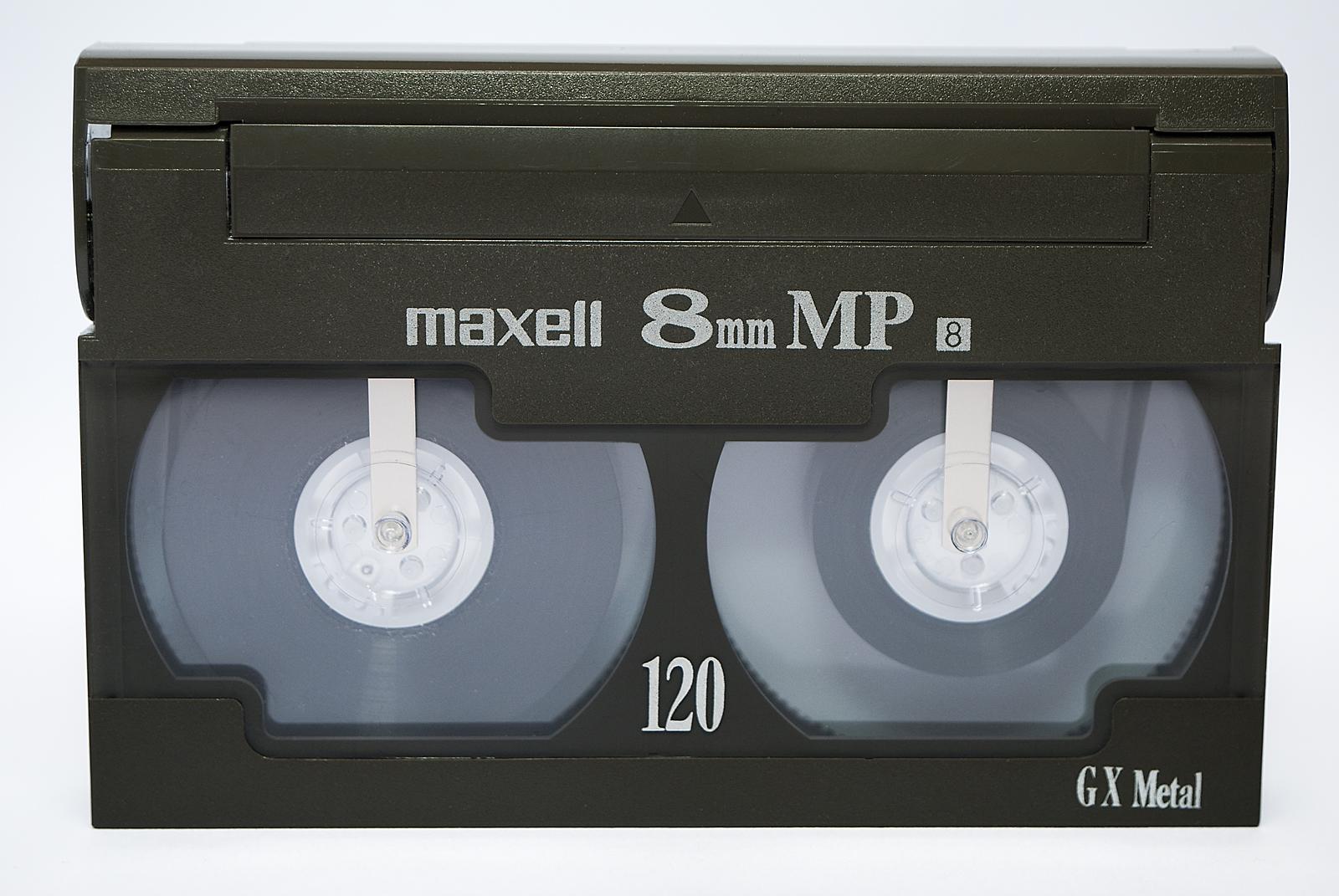 8mm_cassette_front