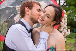 Anne-Sophie et Marc baiser sous paraplui