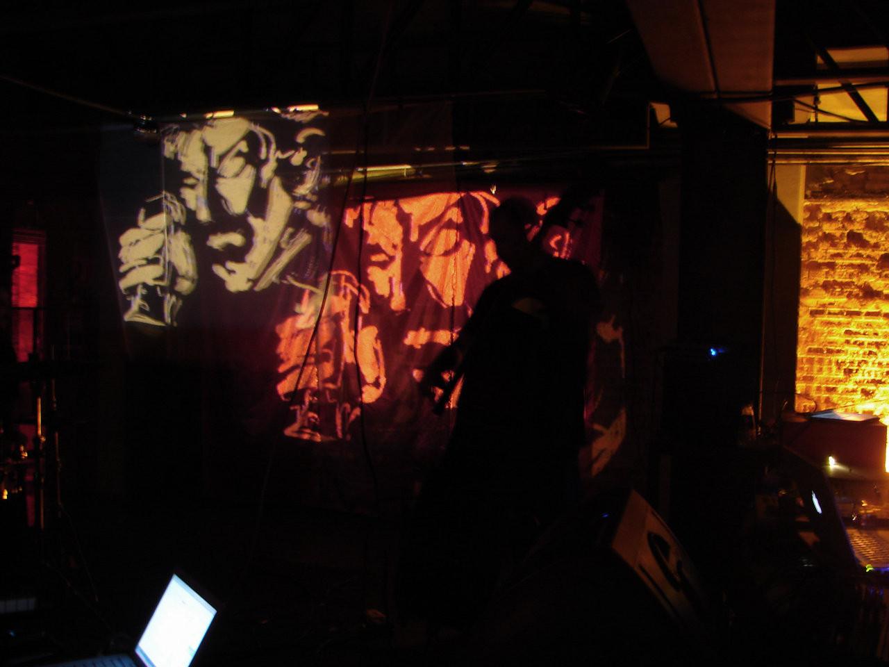 Digital Live Painting - Improvisado #43 - Casa das Caldeiras 2010