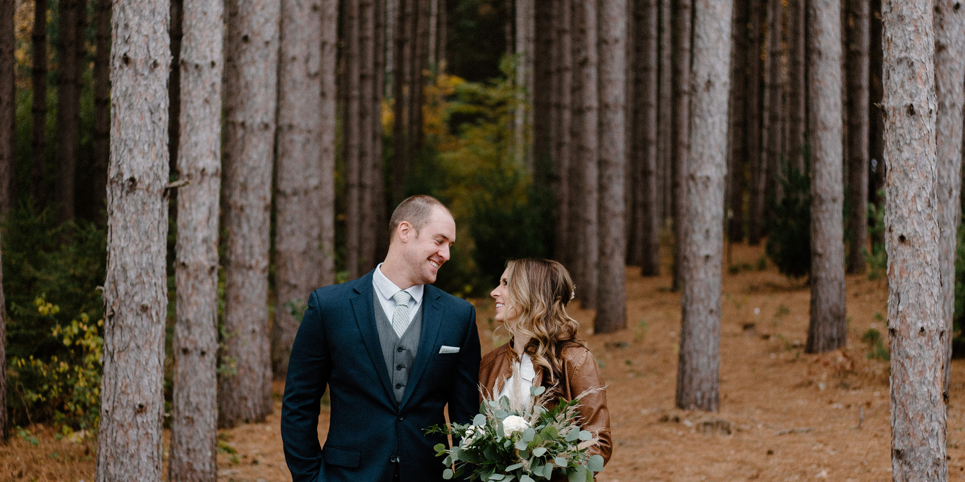 Minnesota Fall wedding in the woods