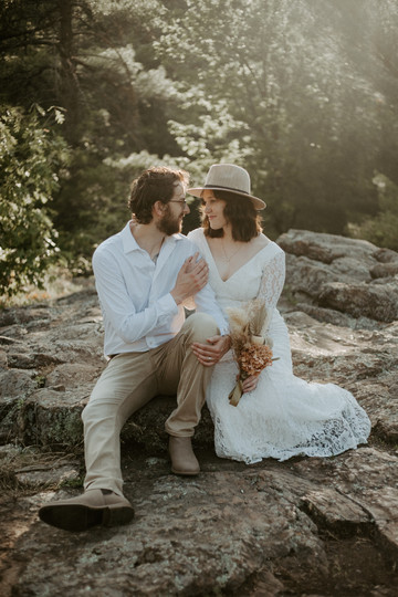 Styled elopement couples session at Taylors Falls Minnesota