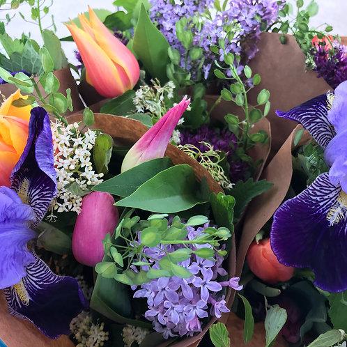 Spring Bouquet Subscription - 1 month (4 bouquets total)