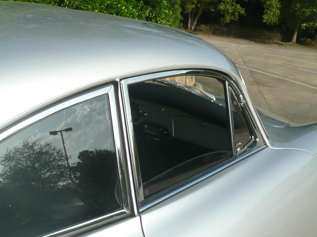1960 Sunroof Super (100)