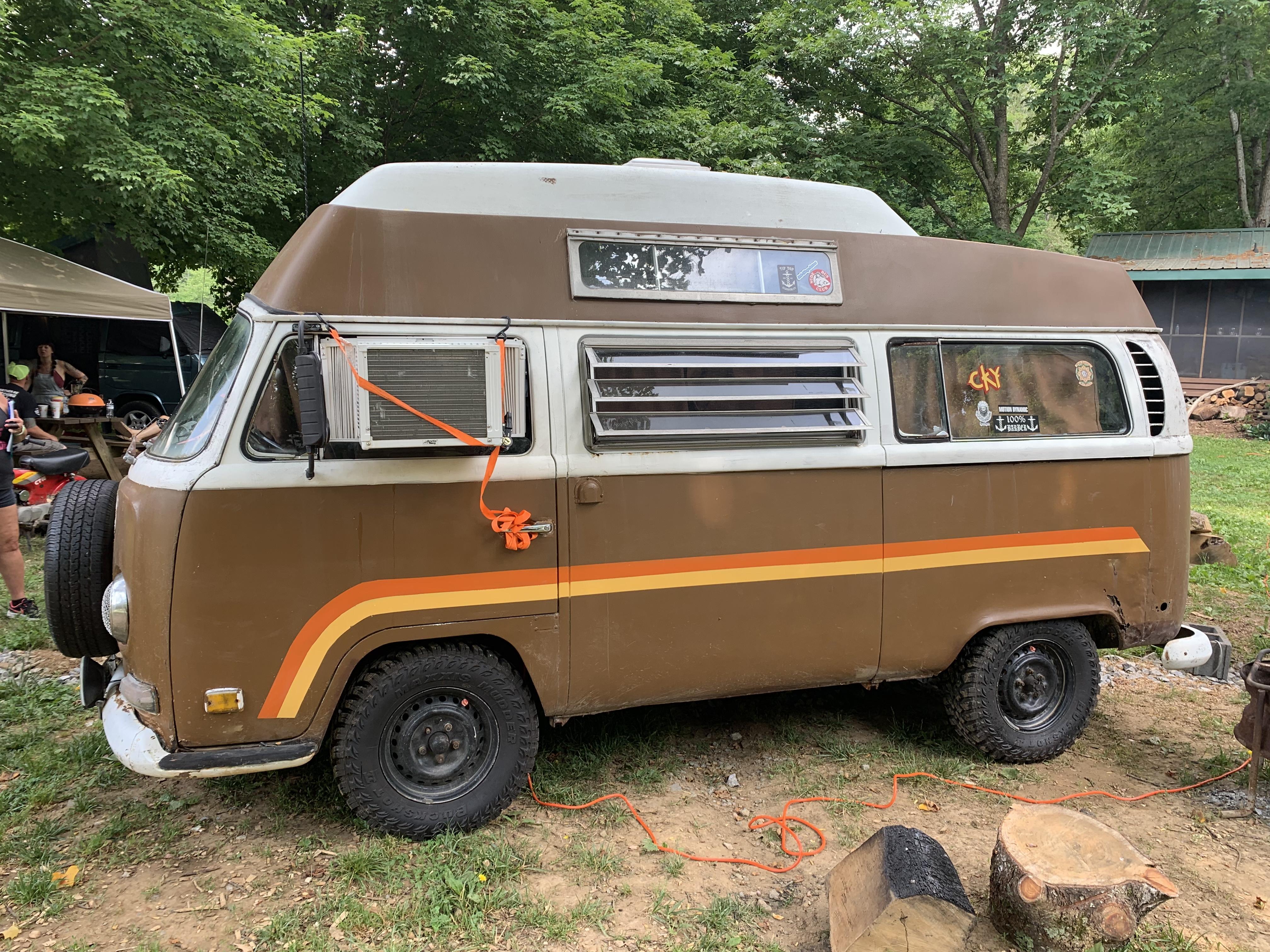 Tyler Hatfield's VW Camper