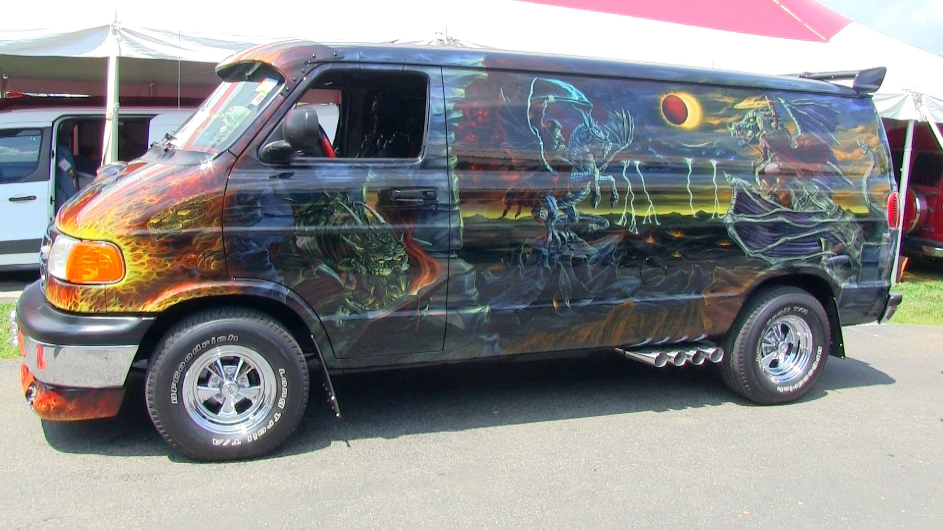 "Ed Beard Jr's ""Dragon Lord"" Van"