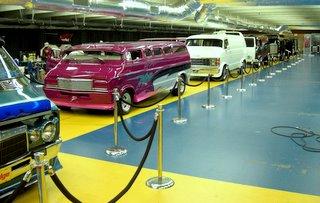 Van Line Up-1.JPG