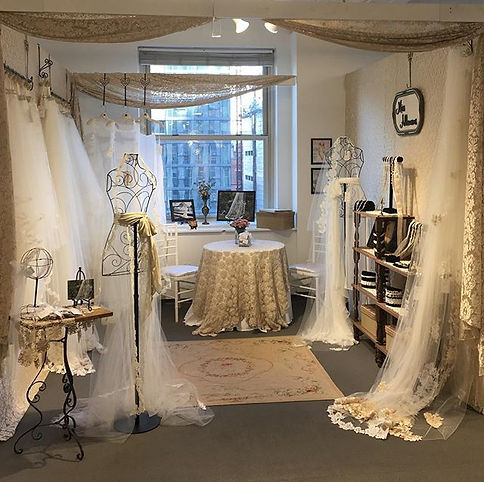 Booth #1111  _missallaneousbridal  #day2