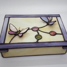 Tiffany ékszeres doboz pillangókkal