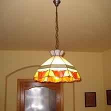 Függő tiffany lámpa tulipánokkal