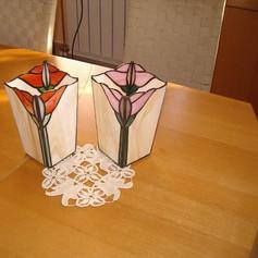Tiffany váza virágokkal