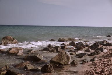 Minimal Beach by Andrews Diez-8.jpg