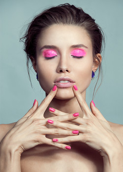 Strike Me Pink - Beauty - Murasaki Agenc