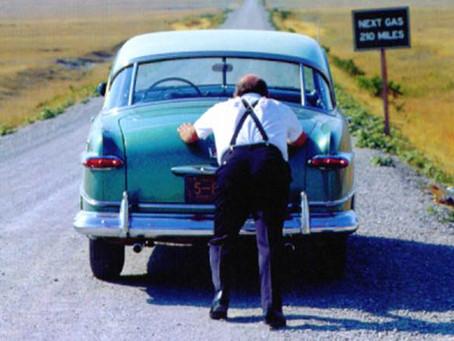 Telo brez glave oz avto brez voznika