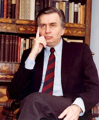 Portrait_of_József_Antall,_Jr.jpg