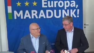 Együttműködési megállapodást írt alá a DK és a V21 csoport