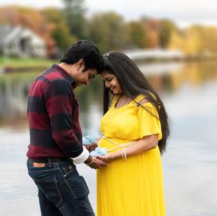 Cleveland Maternity & Newborn Photographer