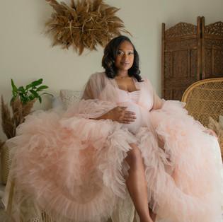 Cleveland Maternity & Newborn Photograph