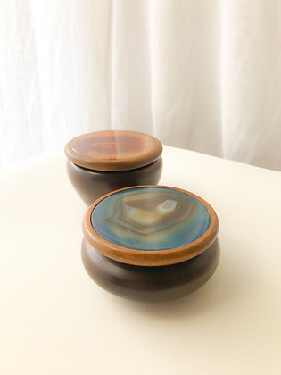 """Dose """"Wooden Agate"""""""