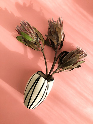 "Vase ""Hello Beetlejuice"""