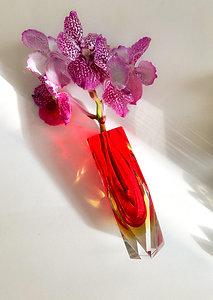 "Vase ""Ruby Moon"""