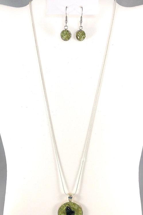 Reiki infused, handmade Onyx and Peridot jewelry set
