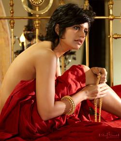Gold Life [Mandira Bedi ]