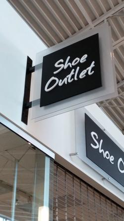 Shoe Outlet - Blade Sign