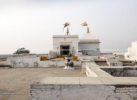 1st Charan Chauki of ShreeNathji is at Girirajji, Jatipura