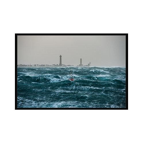 Canot de sauvetage dans la tempête
