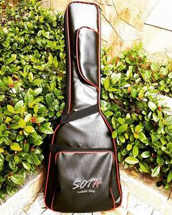 Semi-case Soth Super Luxo para Guitarra, violão e contrabaixo.._Peça já a Sua..